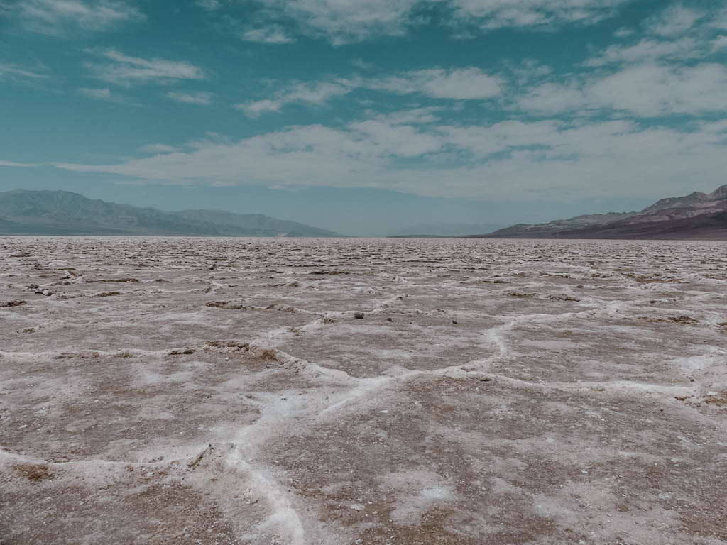 Selected Q&As: Weltreise. Unsere Beweggründe. Death Valley Badwater Basin