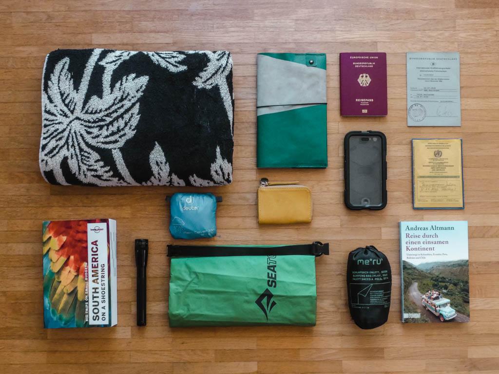 Questions and Answers Q8 Weltreise Packliste Reisedokumente und Nützliches